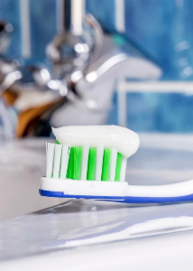 Toothpaste- Things to Consider before Buying One